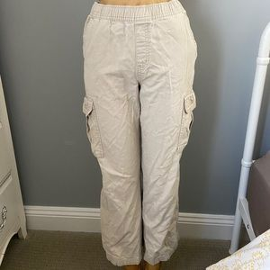 Pants - trendy khaki cargo pants